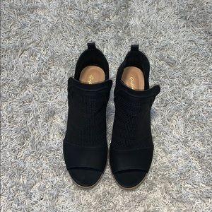 Forever 21 black sandal booties